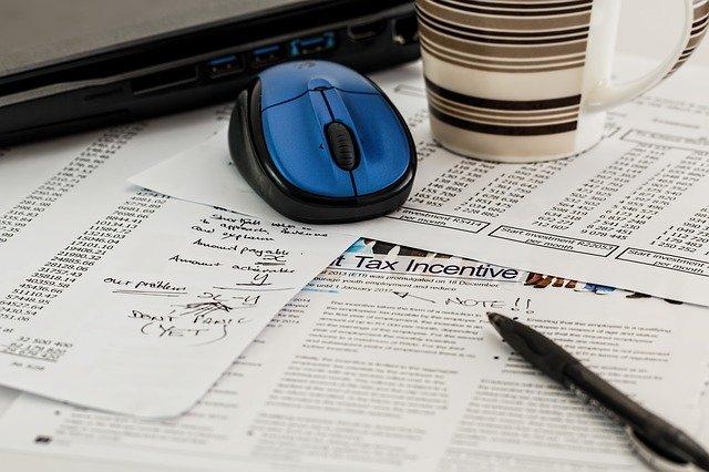 Podatek dochodowy - czym dokładnie jest i jak się go oblicza?
